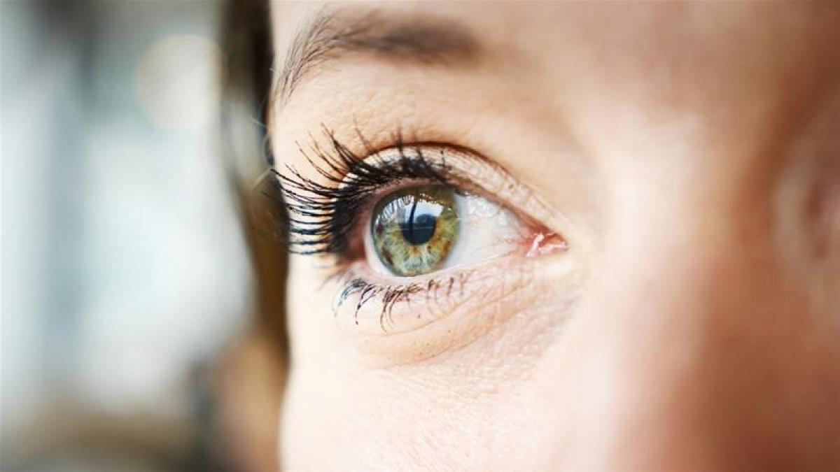 coronavirus olho